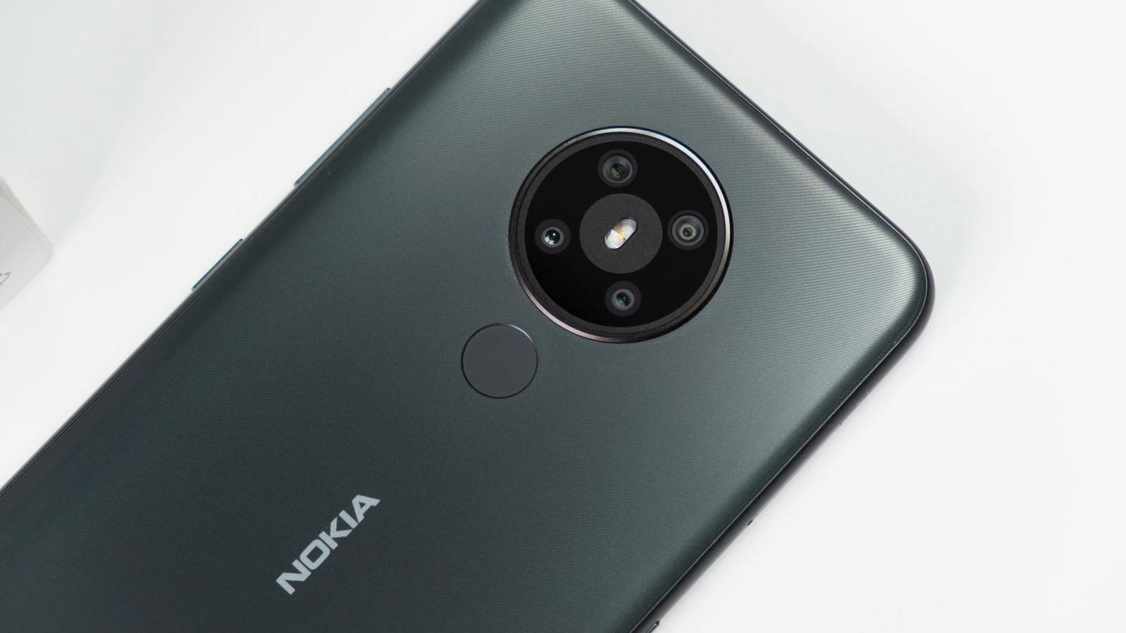 Nokia chytá další čtyři zařízení, mezi nimi je tablet i levný 5G smartphone