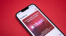 Apple Music má nově levnější předplatné s omezenými funkcemi