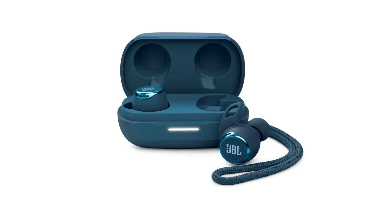 JBL představilo trojici bezdrátových sluchátek