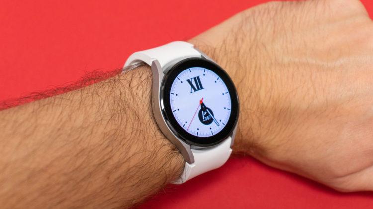Samsung Galaxy Watch4 12 5246x2945x