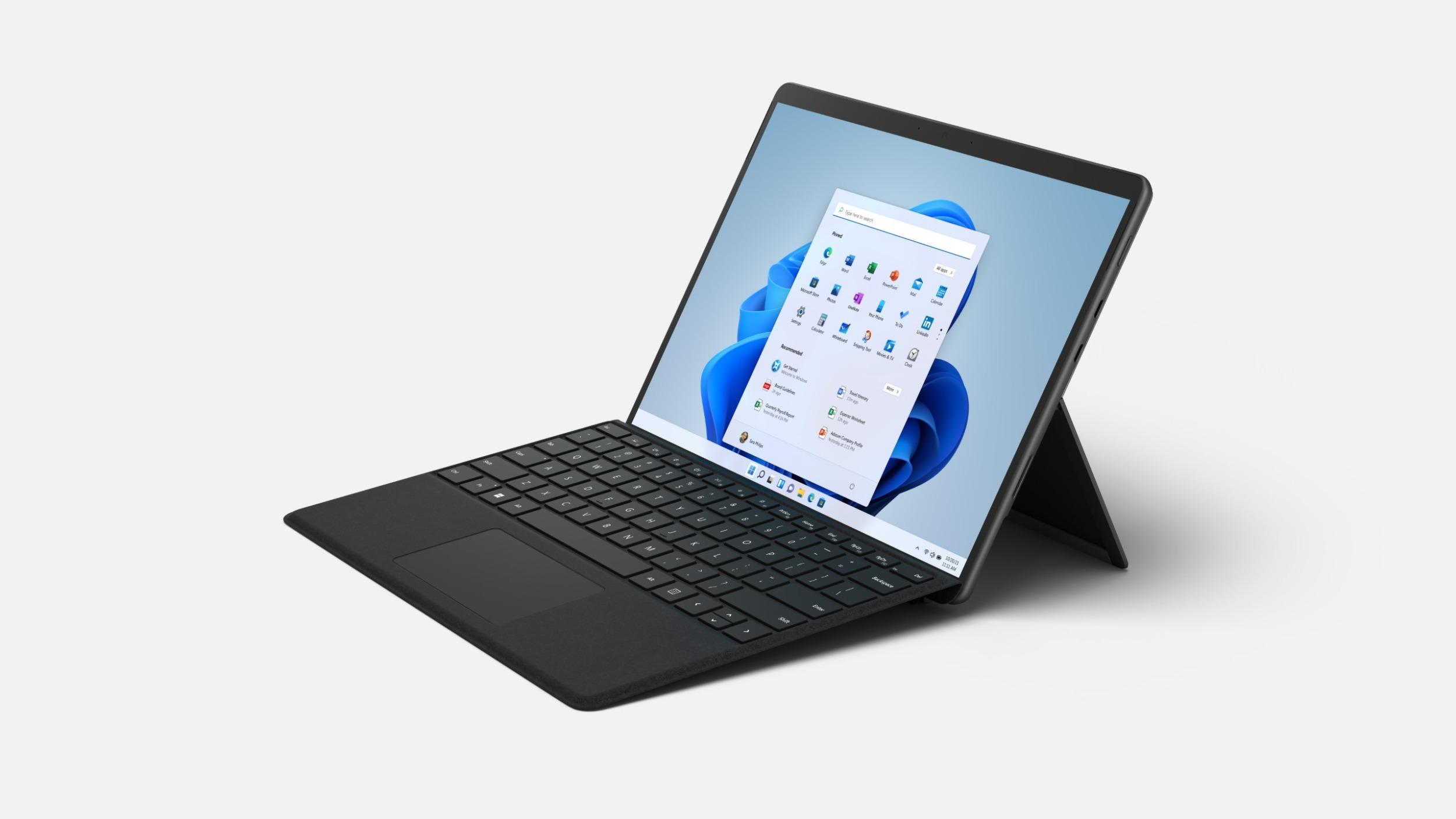Nový Microsoft Surface Pro 8 láká na 120Hz displej, Thunderbolt 4 a výkonný hardware