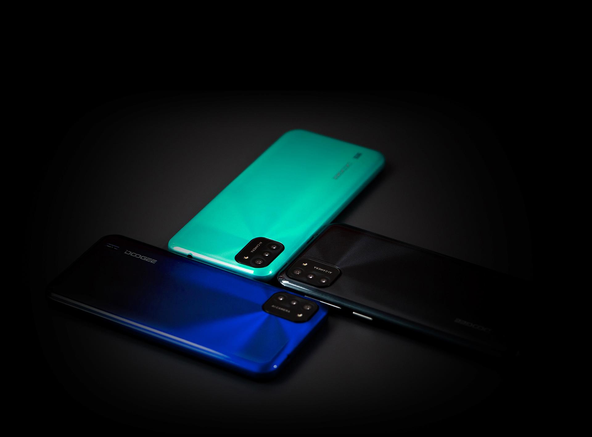 Doogee spouští prodej telefonu X93 a hodinek CS2