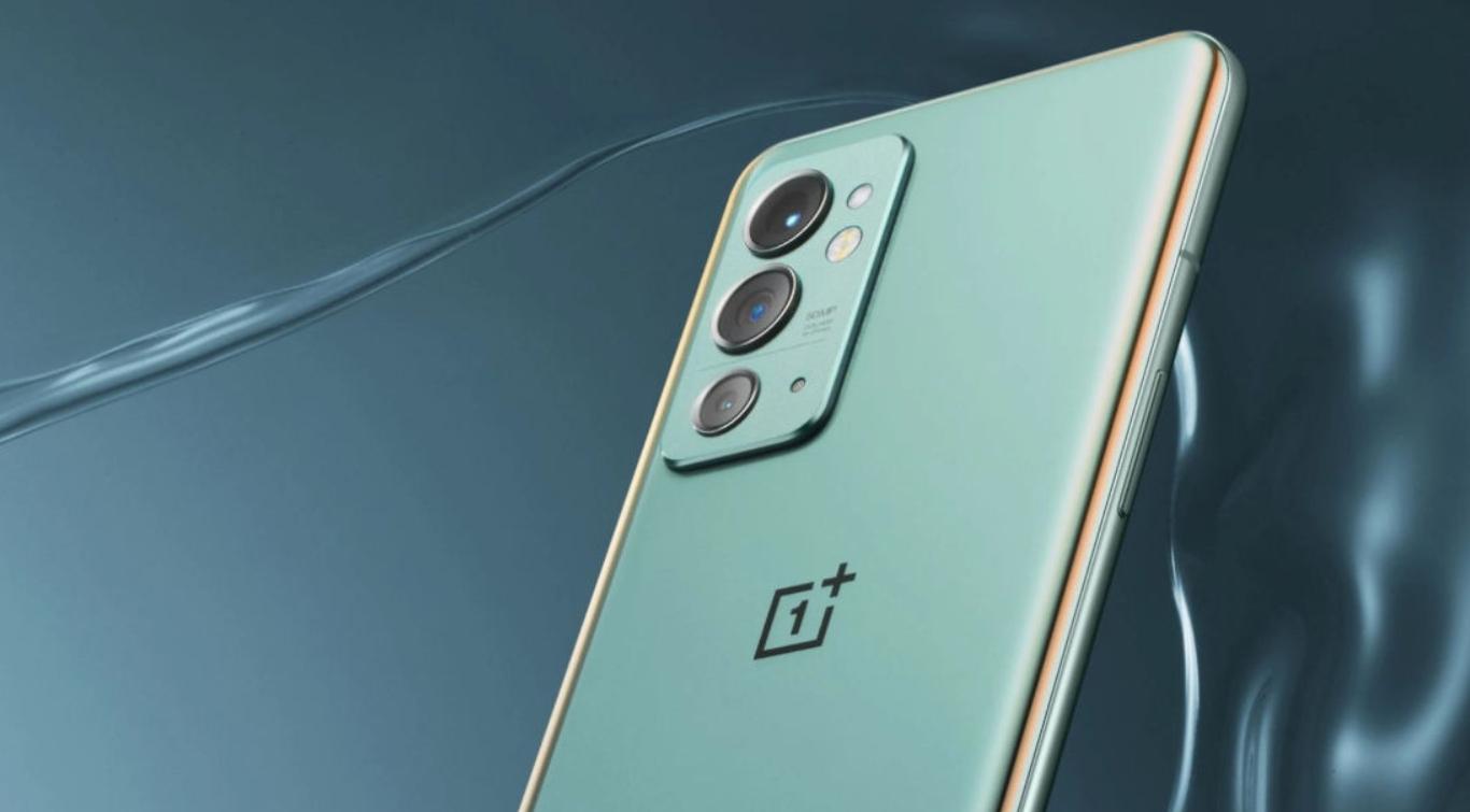 OnePlus 9RT oficiálně, první s Androidem 12